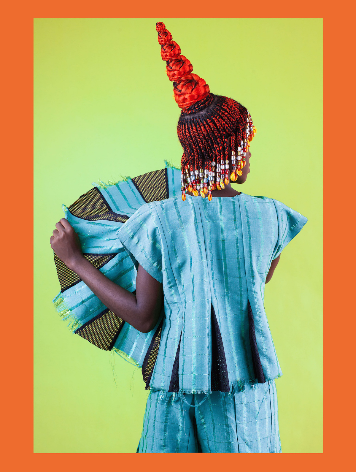 Check Out This Photographer's Ode To Nigerian Hairstyles thumbnail